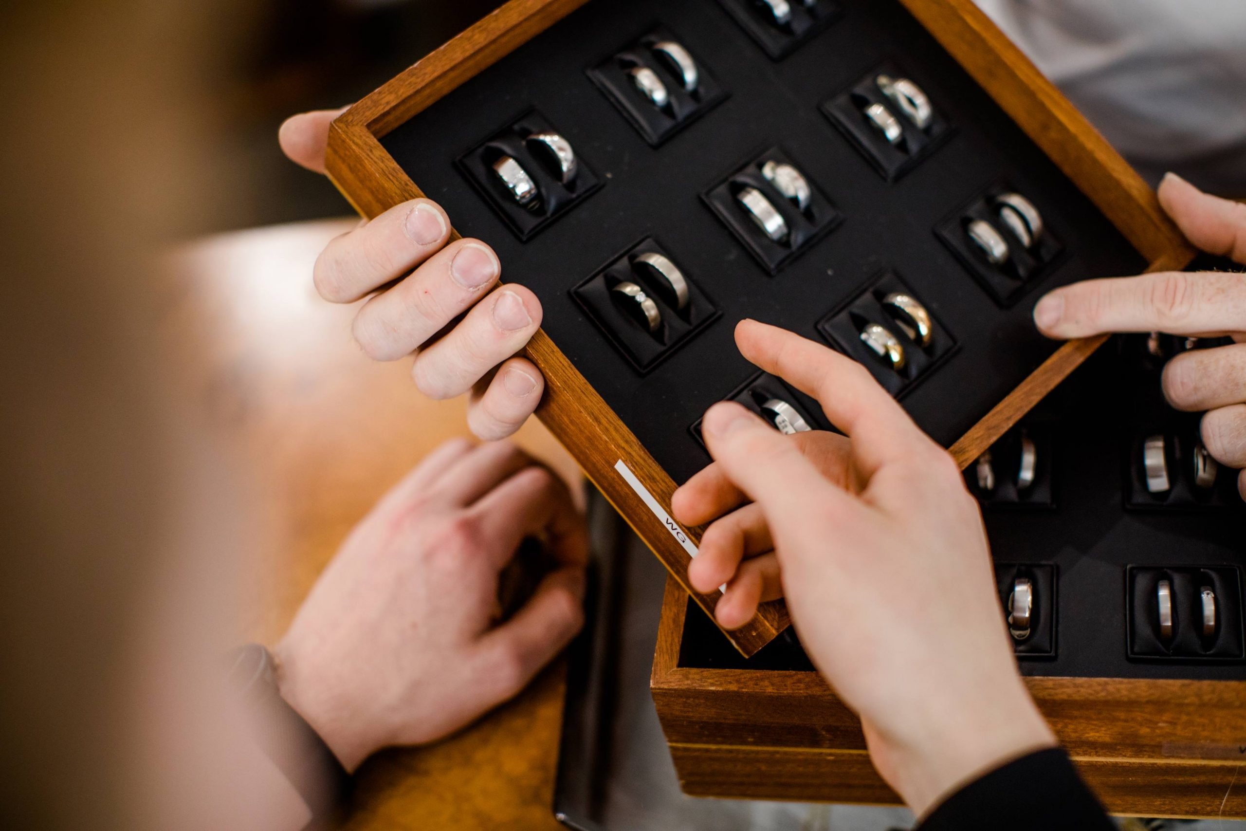 Auswahl von Eheringen bei Juwelier Kreuzkamp
